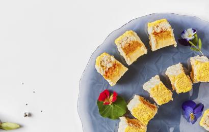 Курячий салат-рулет Мімоза