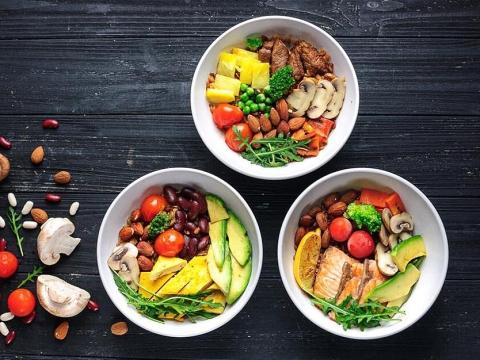 Масло, курица и цельнозерновые: Что должно быть на тарелке здорового питания